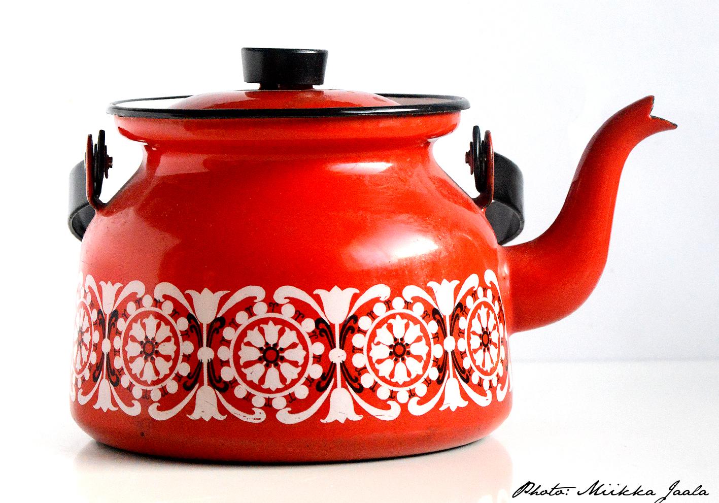 Finel Punahilkka, kahvipannu – coffee pan