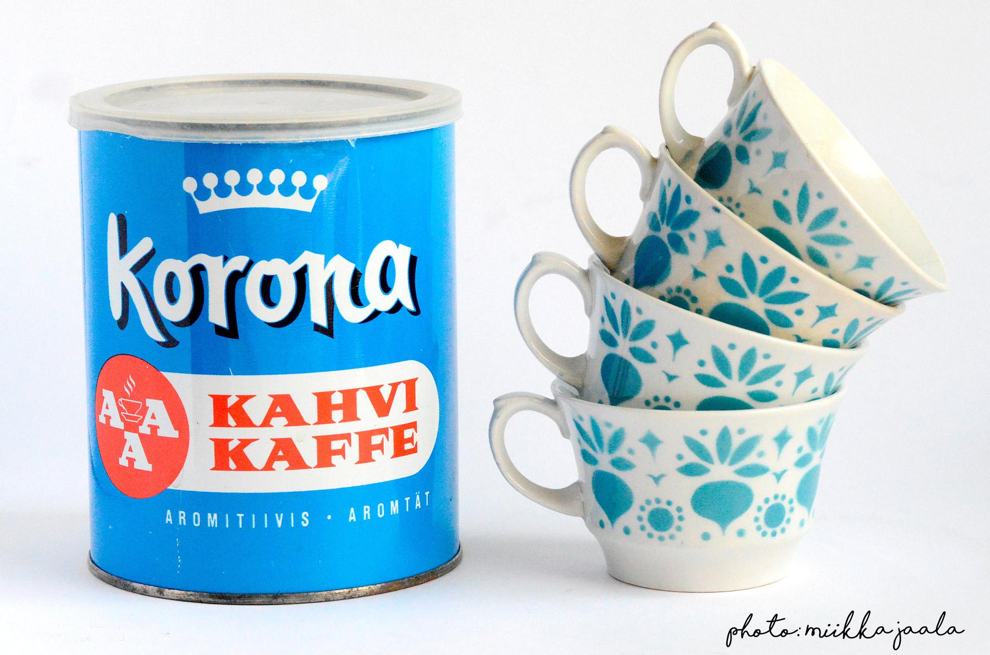 Arabia Retikka, puhalluskoristekuppi / stencil-blown cup