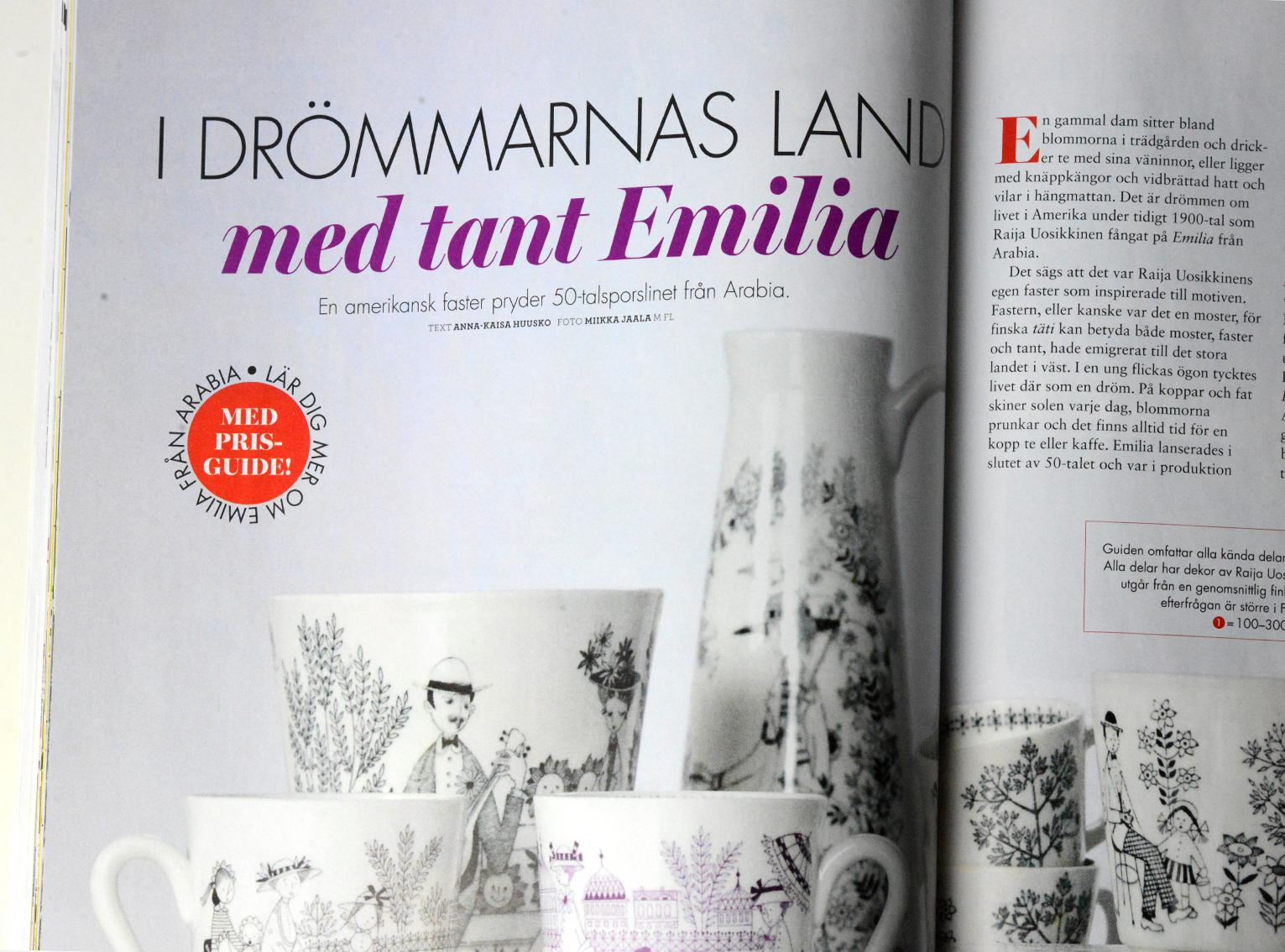 Scandinavian Retro -lehden numerossa 5/2016 Arabia Emilia-sarja on esitelty hinta-arvioineen. Sain kunnian toimia oman kokoelmani valokuvaajana ja hinta-arvioijana.